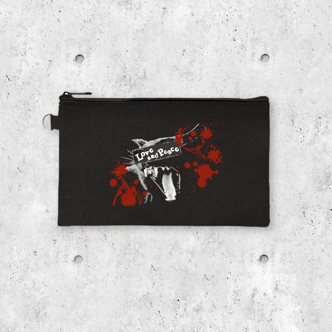 【ルナティックキャットイズム】[キャンバス生地]Love and Piece BLACK…血飛沫と黒猫[マチなしポーチ]item_image_1